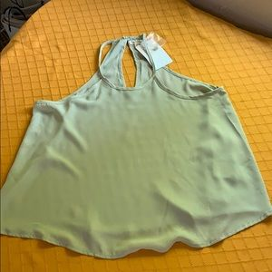 Lily white top size M